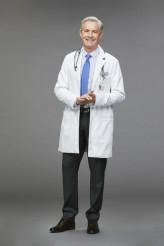 Kyle MacLachlan in CAROL'S SECOND ACT - Season 1 | ©2019 CBS/Sonja Flemming