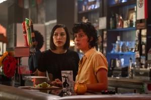 Mishel Prada is Emma and Roberta Colindrez is Nico in VIDA - Season 3 | © 2019 Starz Entertainment, LLC/Kat Marcinowski