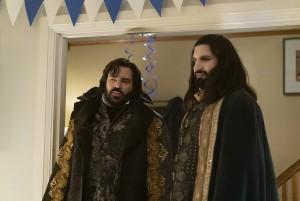 "Matt Berry as Laszlo, Kayvan Novak as Nandor in WHAT WE DO IN SHADOWS - Season 2 - ""Brain Scramblies"" | ©2020 FX/Russ Martin"
