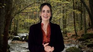Sara Paulson in COASTAL ELITES | ©2020 HBO