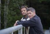 "Jared Padalecki as Sam and Jensen Ackles as Dean in SUPERNATURAL - Season 15 - ""Carry On"" | ©2020 The CW Network/Robert Falconer"